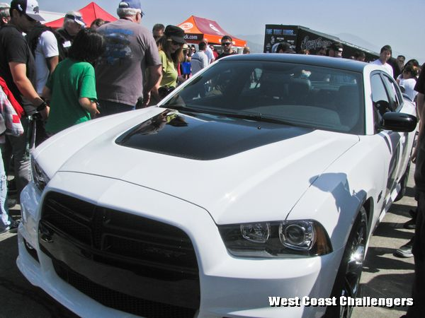 SRT 392 Charger appearance package